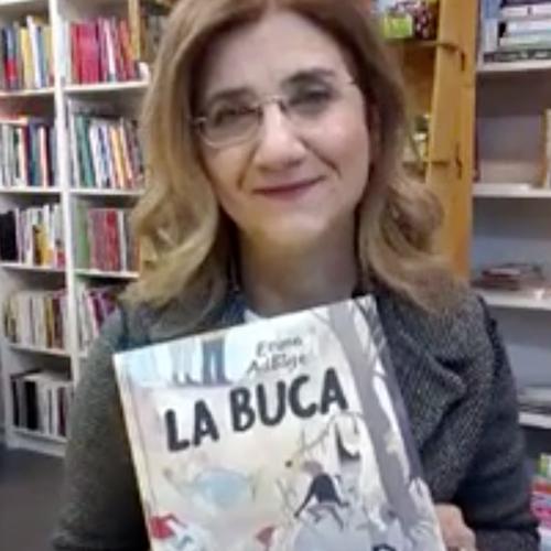 Maria Teresa Nardi mostra il libro la buca
